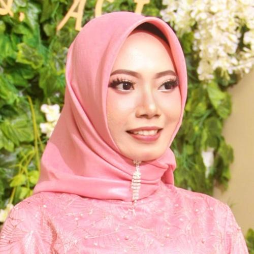 sekretaris yayasan insan nuraini indonesia